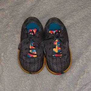 6C/Toddler Nike KD 8 sneakers!